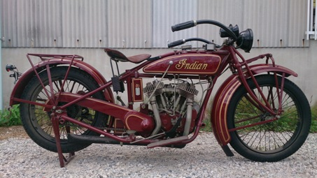 1925 INDIAN CHIEF 01.jpg