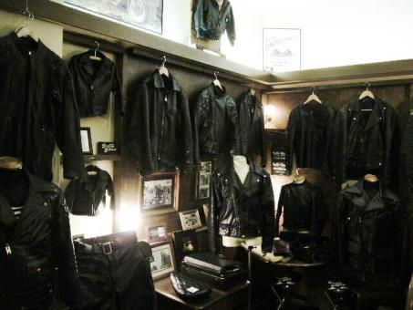HOLLYWOOD BIKERS HEAVEN 02.jpg