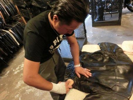 Leather Maintenance Days 06.jpg