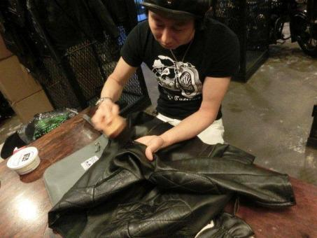 Leather Maintenance Days 08.jpg