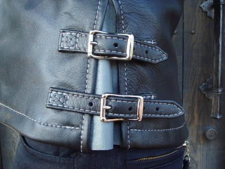 Timberline with Straight Front Zipper 05.jpg